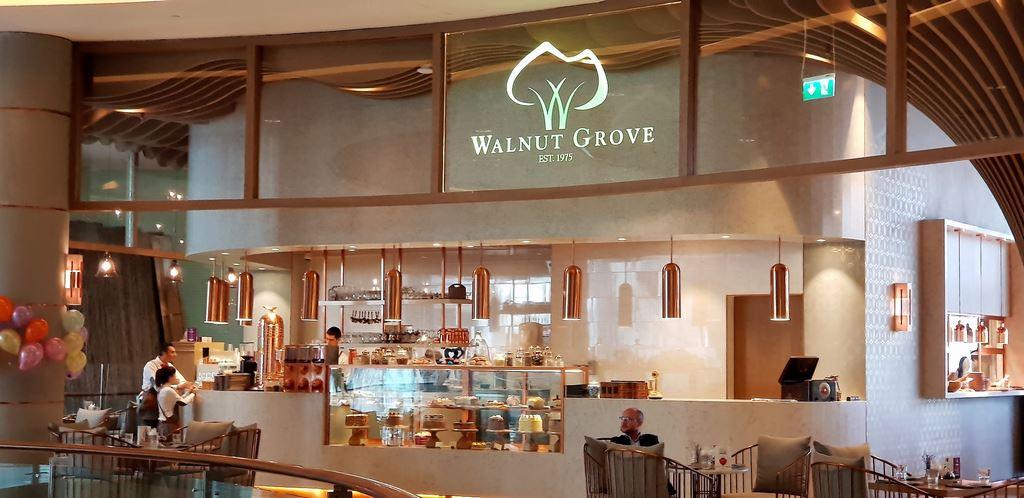 Walnut Grove is a famous restaurant in The Dubai Mall